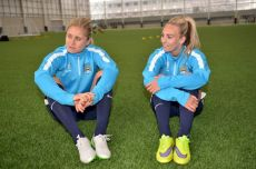 Toni-Duggan-rt-and-Steph-Houghton